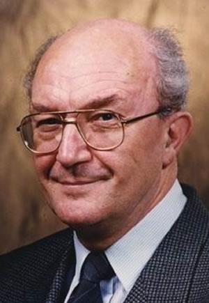 Prof. Tringer László